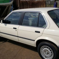 E30 320i 1989 model