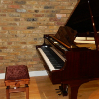 Yamaha G1 Baby Grand Piano for sale with bench