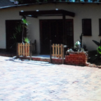 4 Bedroom house with 3 flats for sale in Pretoria Gardens
