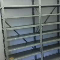 metal upright shelving