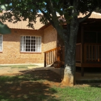 Very neat NEWLY BUILD home with much to offer : MODIMOLLE