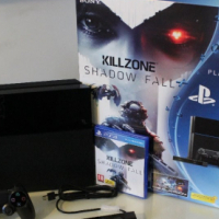 Inbox brand new PS4 500gb  with five games and two controllers + Camera and Headphone
