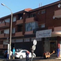 Edenvale open plan bachelor flat to let on Van Riebeeck Avenue from R3150
