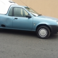 R50 000 - 2006 Ford Bantam 1.3i with canopy for sale
