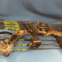 Mathews solocam S3 compound bow
