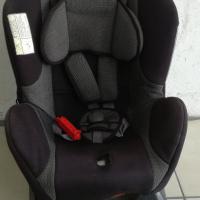 SAFEWAY BABY CAR SEAT