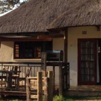 Quaint Country Cottage on Plot