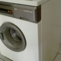AEG 5kg Washing Machine (Model: Lavamat 528)