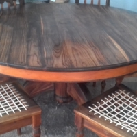Blackwood & Yellowwood Diningroom Table & 6 Riempie Chairs - stunning cond!