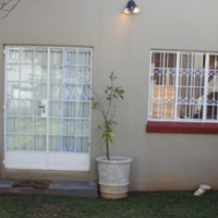 SANDTON 1BEDROOMED GARDEN COTTAGE Rental from July R 3,800 (excl utilities) Ample secure parking wit