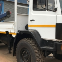 Mercedes 1617 4x4 Crane Truck