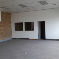 86 Tsessebe has commercial office space and industrial warehouse property to let