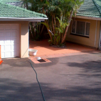 HOUSE SHARE IN KLOOF