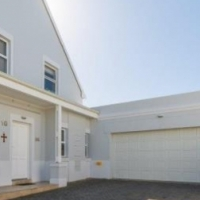 Re-post 3 bed house available for rent at Kingswood Estate, George