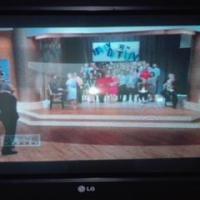 74cm LG Flatron Tube TV + Remote
