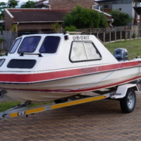 Sportster cabin boat