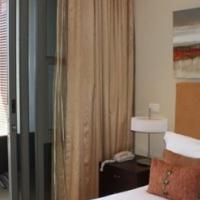 Superb one bedroom apartment in the Prestigious V&A Estate