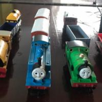 Hornby Thomas train set with Henry and Bill and tracks