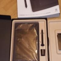Wacom Intuos Pro Medium (+-A5 Tablet) PTH-651-ENES