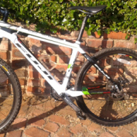 In Great Condition Fuji Pro C4 29er Mountain Bike (Full Carbon Frame