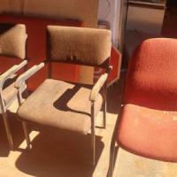 3 stoele