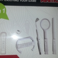 Wii game accessories