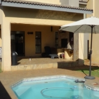 4 Bedroom Home in Rose Acres, Montana – R 2 620 000