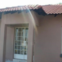 Neat townhouse to rent in Bergsig complex - deposit can be paid off