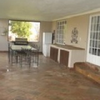 23 ha Farm with House in Chartwell