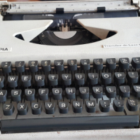 Olympia portable typewriter, serviced