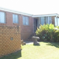 Holiday Cottage Cintsa West. Near East London.