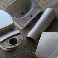 pedestal basin and  toilet