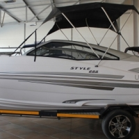 Style 200 with 200 Hp Evenrude ETEC engine