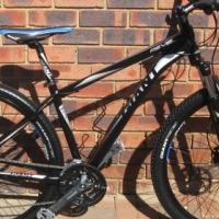 Giant Revel 29er mountain bike