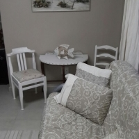 """Dollies place""Holiday flat R 900 p/n"