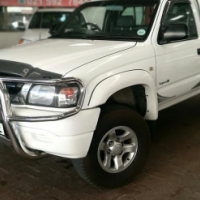2004 Toyota Hilux 2700i Legend 35 S/C, Only 171000Km's,Full Service History, Powersteering