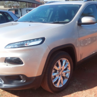 2015 jeep 3.2 automatic limited