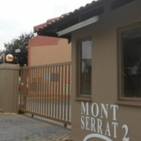 2 Bedroom ground floor unit to rent in a secure complex, Meyersdal