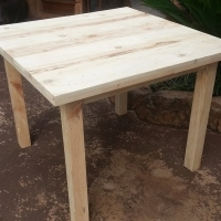 4 Seater Solid Pine Table (1000x1000x760)