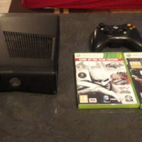 Xbox 360 With remote and 2 games