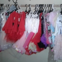 30 boutique baby outfits R3000 for the lot