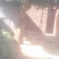 Mabopane Block C (Pretoria) a 2 bed house + 2 outside Bedrooms , Corner Stand , Garage .