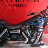 Very Nice Dyna Wideglide with Lots of Extras!