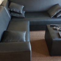 L-shape corner couch with Ottoman and pillows