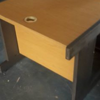 Stewige Werkstafel of Lesenaar te Koop