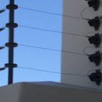 Electric fence, cctv, alarms,intercoms and door closers installations.
