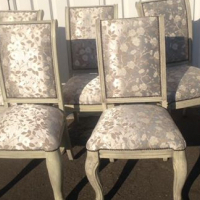 New solid 5 dining chairs