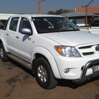 2005 Toyota Hilux 2.7vvti petrol manual