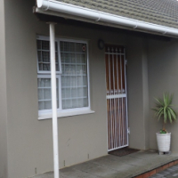 Comfortable 3 Bedroom home for Sale - Grassy Park