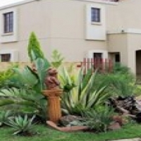 3 Bedroom Townhouse in Safe area - ideal for family